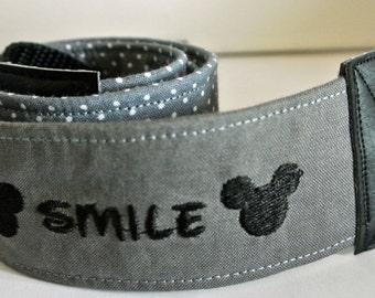 "Camera Strap ""smile"""
