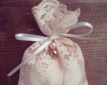 Lace Gift Bags, Party Favors, Wedding Favors, Baptism Favor Bags, Bridal Shower, Vintage Wedding, Gift Bag, Italian Wedding, Thank You Bag