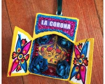 La Loteria Nicho Ornament - La Corona