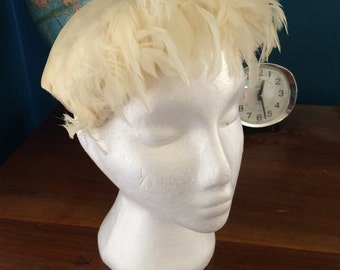 Jane Morgan vintage feather hat with box