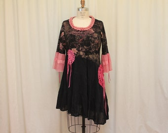 Summer boho top Shabby chic dress Eco friendly clothing Romantic Mori girl style Country cottage black pink 1X-2X