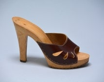 70s Sky High Mules - Vintage Seventies Brown Leather Teardrop Cutout Peeptoe Slides Sexy High Heels Pinup Rockabilly Hollywood Glam