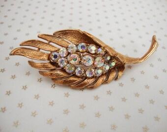 Vintage Signed Gold Tone Aurora Borealis AB Rhinestone Leaf Brooch //60s// //Mad Men//
