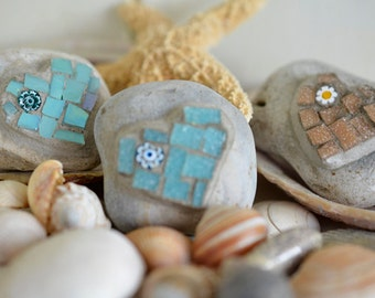 Heart Mosaic Set - Decorative Beach Pebbles - Set of three