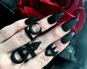 24 Press On Stiletto Nails Black Matt or Glossy