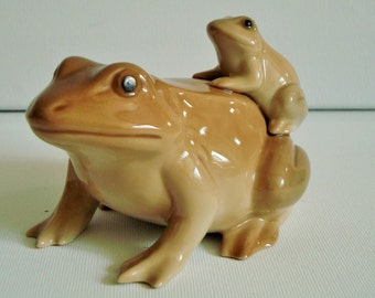Unusual toad and baby ornament