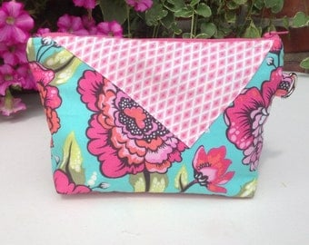 Makeup bag, cosmetic case, wristlet, aqua and pink