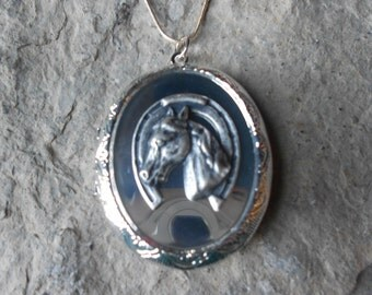 Horse and Horseshoe Locket!!! High Quality!!! Lucky - Equestrian - Photos, Keepsakes, Christmas