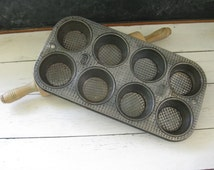 Ovenex Ekco 8 Cup Muffin Cupcake Pan Waffle Pattern Vintage