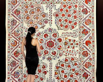 gorgeous uzbek silk hand-embroidery traditional suzani from bukhara a6571