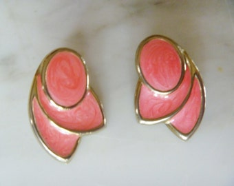 Vintage Earrings Coral and Gold