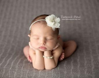 Ivory headband, cream headband, ivory bow, off white headband, cream bow, dainty headband, flower girl headband, baby headband, photo prop