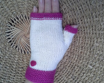Cream gloves, edged in deep pink with small pink heart motive.  Hand knitted fingerless gloves, soft acrylic wool.