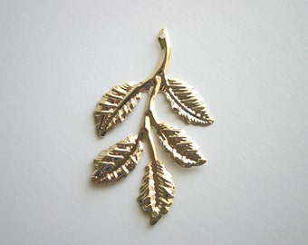 4 Gold Branch Leaf Charms Leaves Woodland Vintage Pendant Jewelry Supplies Leaves Bracelet