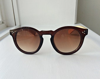 Melissa - Brown Frame Bamboo Sunglasses - Wooden sunglasses for Women, Round sunglasses, wooden cat eye, hipster wooden sunglasses