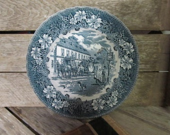 Vintage Coaching Taverns Royal Tudor Ware Staffordshire England Green Dinner Plate W N Mellor