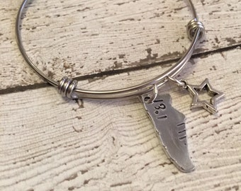 Runner bracelet - Hand stamped bracelet - Sneaker Bracelet - Stainless steel bracelet - Runner jewelry - Gift for runner - Marathon jewelry