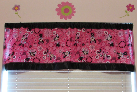 Minnie Mouse satin edge curtains/cotton valance/black satin edge