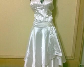 "1950s Marilyn Monroe Style Halter Wedding Dress /White Halter Wedding Dress with Train / Satin Beaded Wedding Dress small 32"""