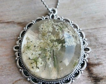 Queen Ann's Lace flower pendant..