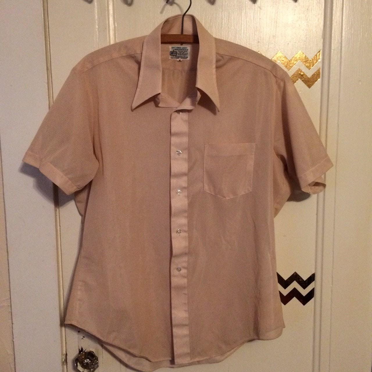 Vintage kmart men 39 s beige short sleeve button down shirt for Kmart button up shirts