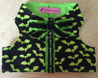 Dog Harness, Size Medium, Halloween