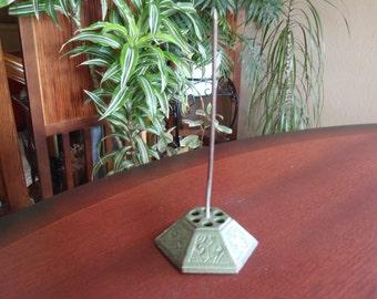 Cast Iron Bill Receipt Paper Holder Stand Decorative Bottom Collectible a2512