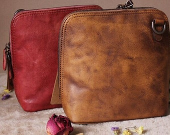 View Leather Bags Woman by MagicLeatherStudio on Etsy