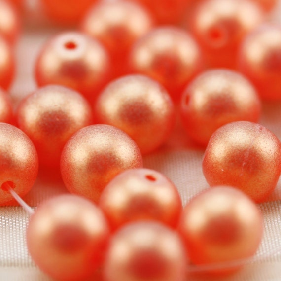 25pcs 8mm Sueded Gold Hyacinth Smooth Round Czech Glass