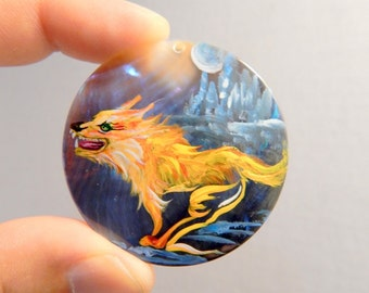 "Large 1 7/8"" Hand Painted Wolf on Sea Shell Pendant Jewelry Necklace DIY Drilled Craft Supplies Occult Magic"