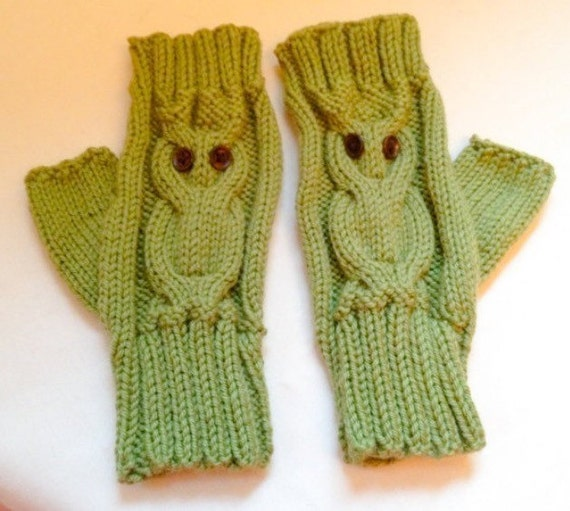 Knitting Pattern: Owl Fingerless Gloves (0046 TLM ...