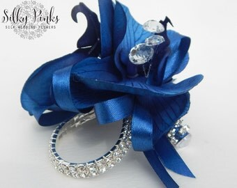 Navy Blue Wrist Corsage, Blue Silk Corsage, Sparkling Wrist Corsage, Mother of the Bride Corsage, Prom Corsage, Wedding Flower Accessories