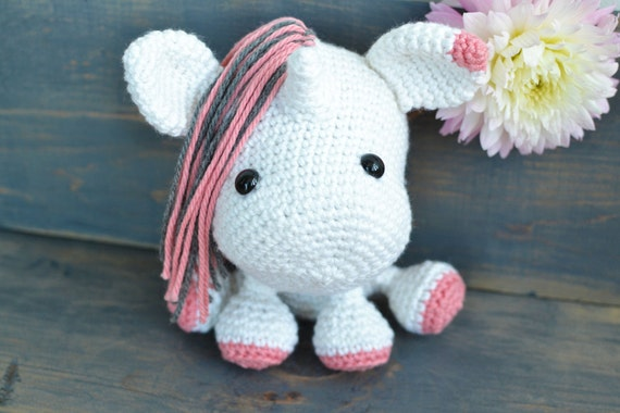 Unicorn Crochet Pattern. Una The Unicorn Amigurumi Crochet