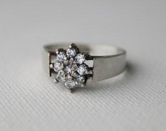 Vintage Sterling Silver Cluster Ring - Vintage Silver Ring - Vintage Cluster Ring - Vintage Daisy Ring - Vintage Engagement Ring size L  6