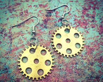 Steampunk Gear Earrings, Steampunk Jewelry, Gift for Her, Geek Gift, Geers, Gold Gear Earrings, FREE shipping (only one available)