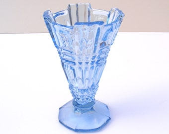 Vintage Art Deco glass vase