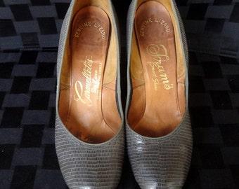 High Fashion Gray Lizard Pumps, Round Toe, Size 7, Carmelletes De Luxe,