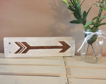 Pallet Arrow White and Stain