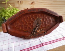 """Wooden engraved tray Ear of wheat """"Give us our daily bread - Lourdes"""" 