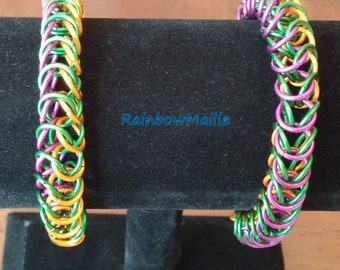 Mardi Gras inspired tri-colored Boxchain pattern chainmaille bracelet