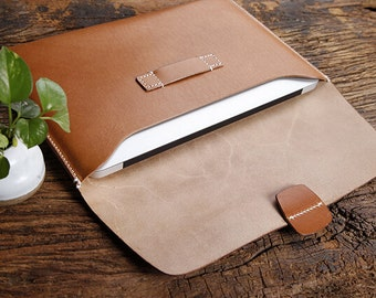 Macbook Air 11 intch Leather Case / Laptop Bags Handmade By Italian Vegetable Tanned Leather Chromebook Case