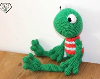 Freddy the Frog - Amigurumi Crochet Animal