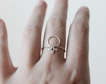 Ring feminist symbol