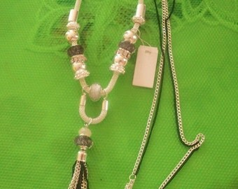 Tassel chain necklace  & Long 75 cm+ 11cm tassel +     8 cm extender
