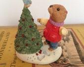 1994 IOB Hallmark Keepsake Eager for Christmas Ornament Ed Seale Beaver Tender Touches In Original Box
