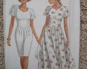 UNCUT Misses Dress - Size 6 to 18 - Simplicity Pattern 6536