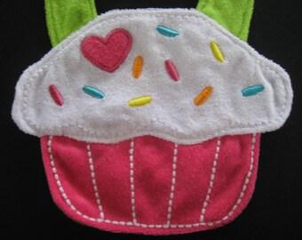Baby Bib / Cupcake