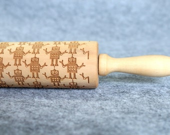 Robot Engraved Embossing Rolling Pin, Wood Rolling Pin, Cookie - by Melodywoodart