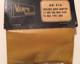 Adapter AD-515 by VanCo Chicago 2.5 mm to RCA (NOS)