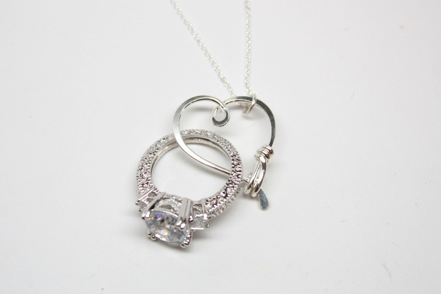 ring holder necklace wedding engagement ring holder pendant